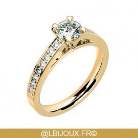 Solitaire accompagné or 750 (18 carats) jaune et diamants 0.36 carat