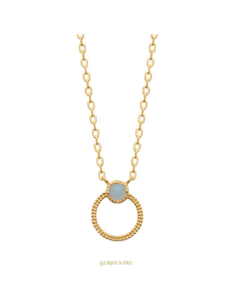 Collier plaqué or cercle perlé et agate bleue 45 cm